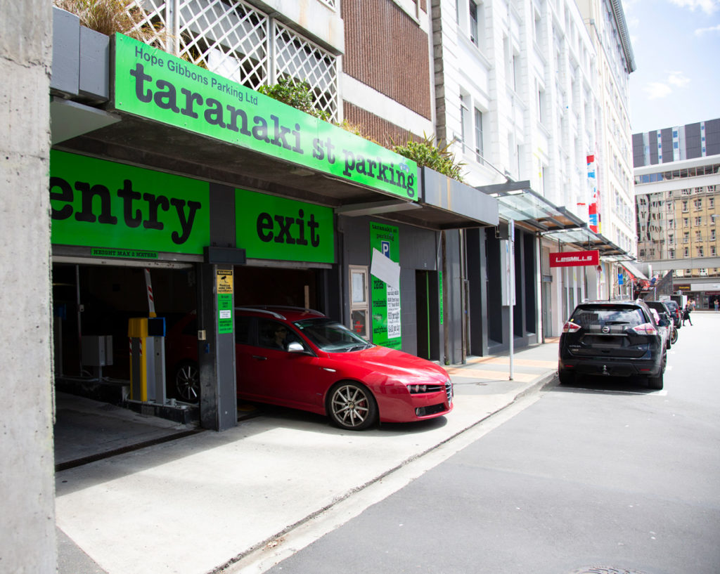 Central parking in wellington – Taranaki st parking – entrence and gym